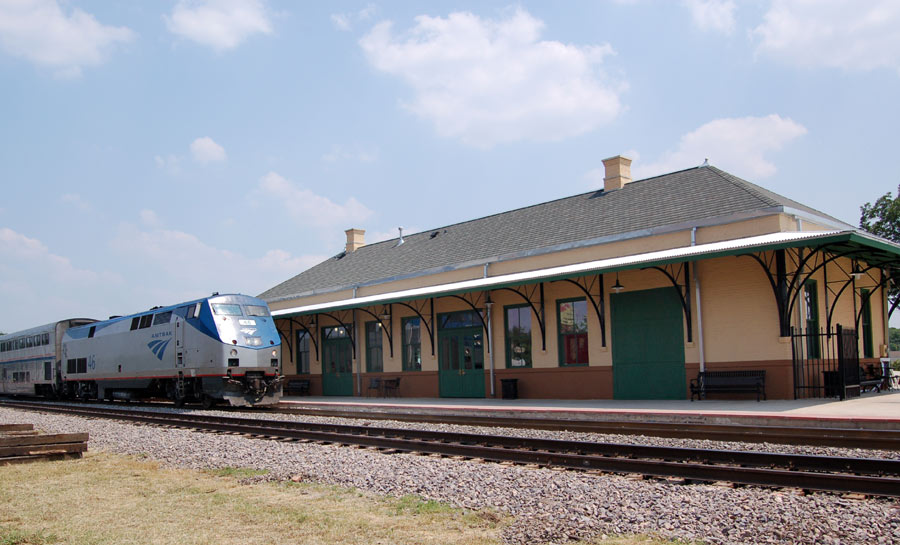 Amtrak Texas Eagle Now Uses Publically Owned Trinity Rail